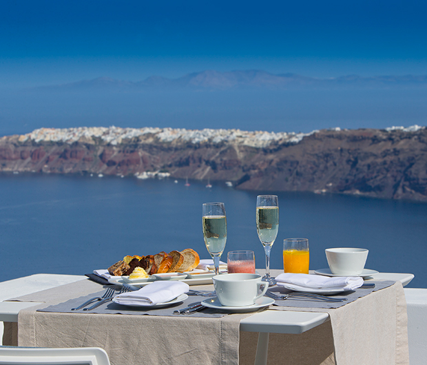 GRACE SANTORINI, GREECE breakfast