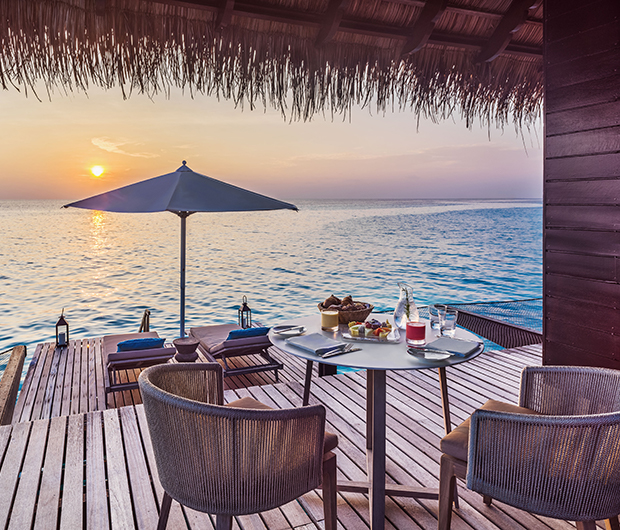 ONE&ONLY REETHI RAH, MALDIVES dining and ocean