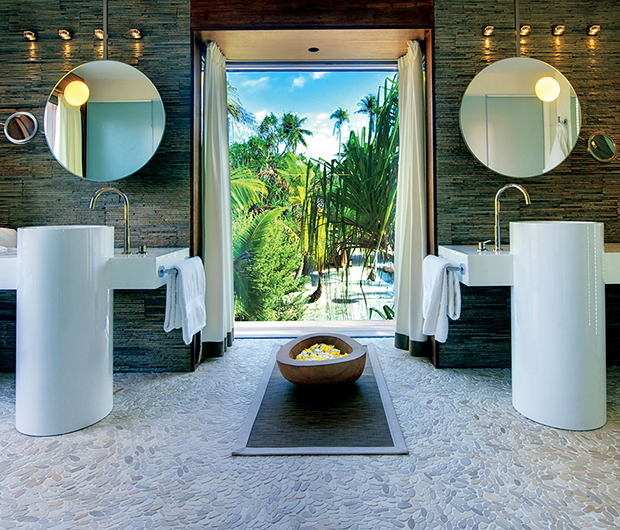 THE BRANDO, TETIAROA, FRENCH POLYNESIA bathroom